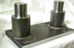 旋盤・マシニングセンタ・溶接加工部品、車軸