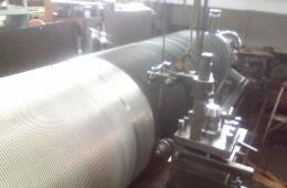 繊維機器修理、メタリックワイヤ巻き替え